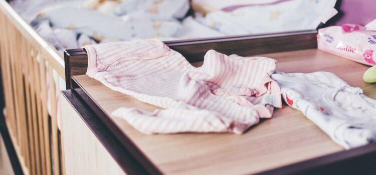Barnrum – Ett klassiskt klädskåp för barn